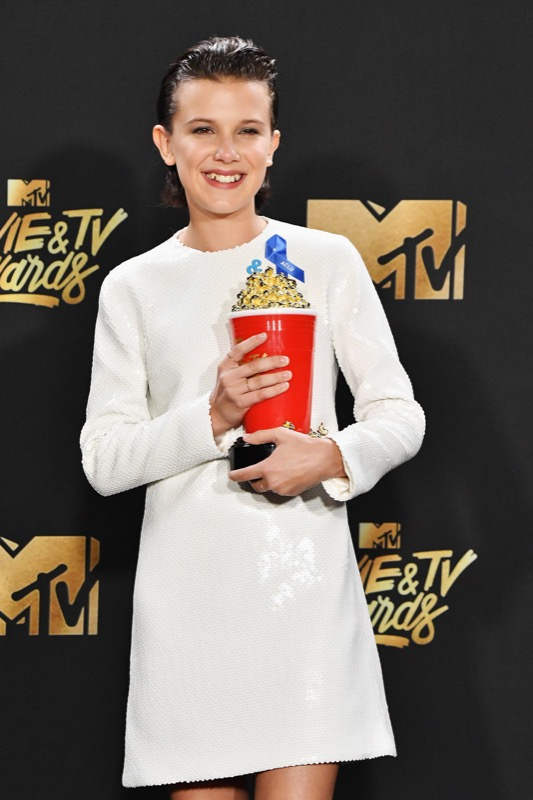 ClioMakeUp-MTV-Movie-Tv-Awards-prodotti-beauty-look-red-carpet-trucchi-star-celebrity-moda-outfit-40