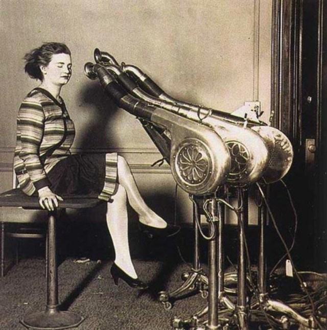 ClioMakeUp-invenzioni-beauty-donne-storia-phon-ceretta-rasoio-tinta-lacca-ceretta-piastra-solari-10