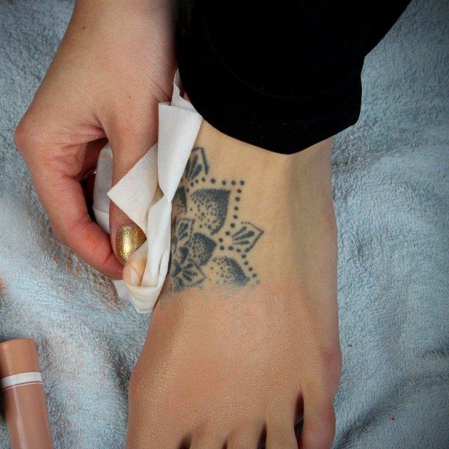cliomakeup-copertura-tatuaggi-makeup-low-cost-1