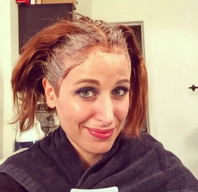 Tinta per capelli a casa i 6 errori pi frequenti e come for Tinta per capelli sanotint