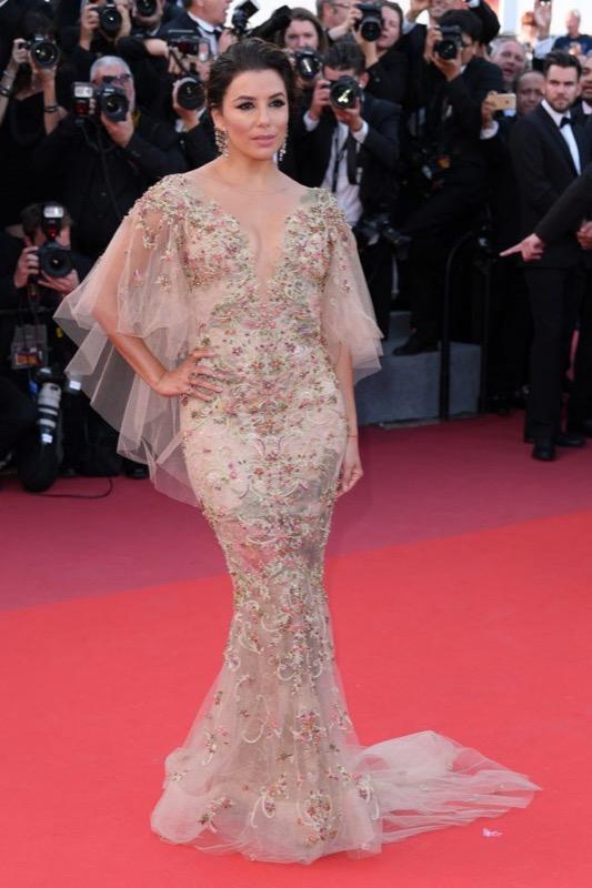 ClioMakeUp-meglio-di-cannes-2017-look-abiti-makeup-celebrity-red-carpet-30