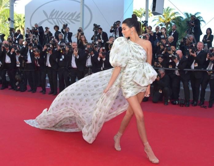 ClioMakeUp-meglio-di-cannes-2017-look-abiti-makeup-celebrity-red-carpet-27