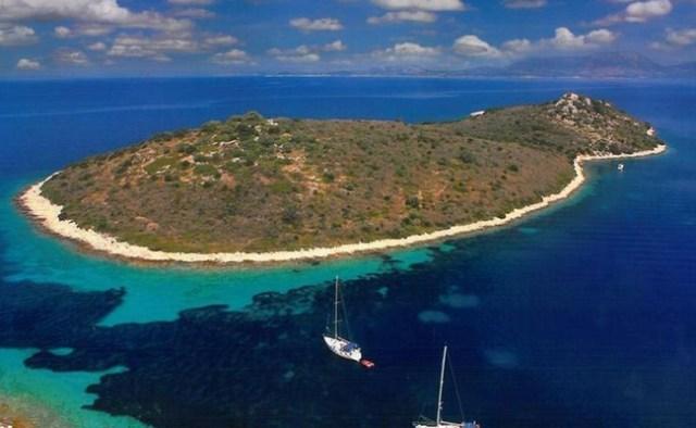 cliomakeup-regali-costosi-celebrity-3-isola