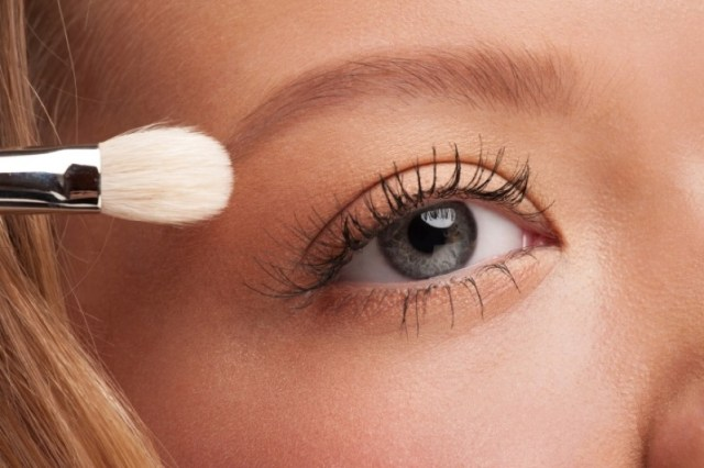 ClioMakeUp-palpebra-oleosa-trucco-rimedi-ombretto-eyeliner-mascara-primer-6