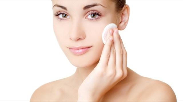 ClioMakeUp-errori-applicazione-prodotti-skincare-creme-sieri-detergenti-6