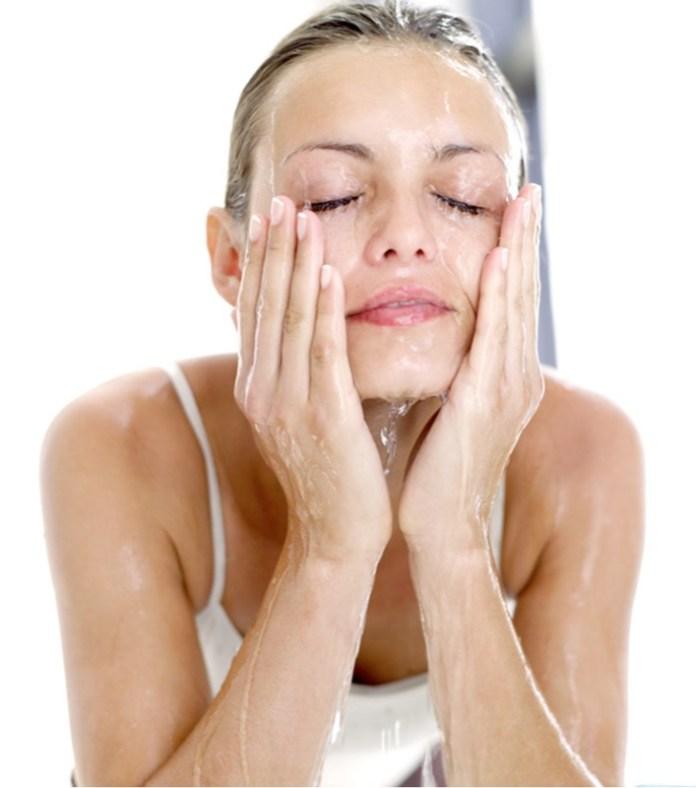 ClioMakeUp-errori-applicazione-prodotti-skincare-creme-sieri-detergenti-4