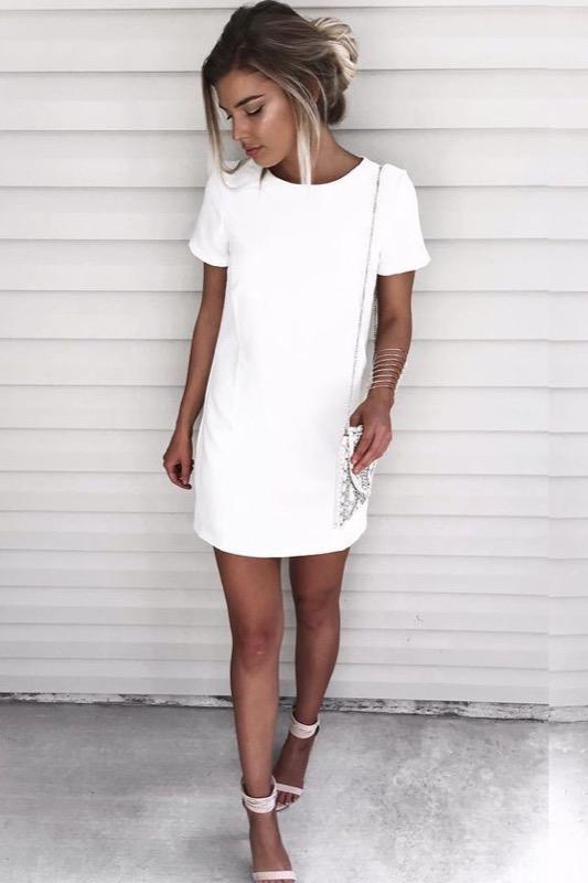 Vestiti corti bianchi con pizzo – Abiti in pizzo 8e7c8087ab3