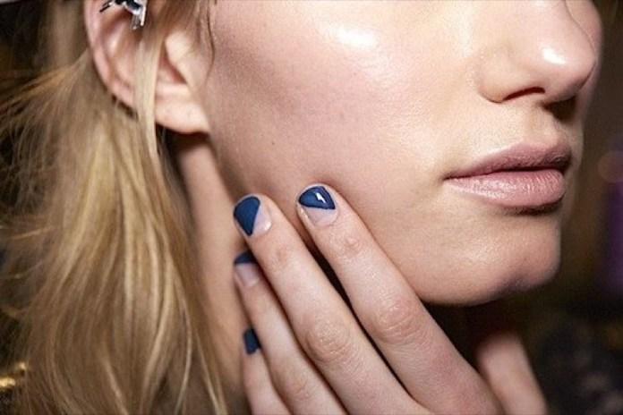 ClioMakeUp-nail-art-unghie-corte-facili-semplici-eleganti-moda-manicure-pois-righe-puntini-12