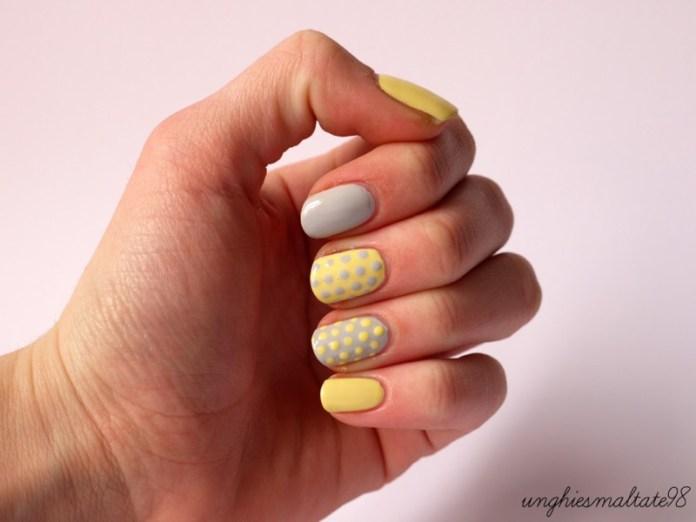 ClioMakeUp-nail-art-unghie-corte-facili-semplici-eleganti-moda-manicure-pois-righe-puntini-4
