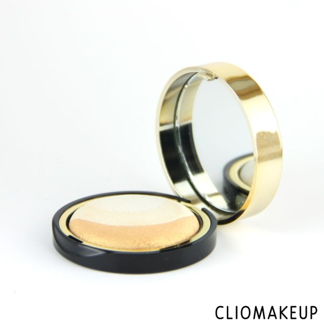 cliomakeup-recensione-illuminante-extreme-gold-highlighter-pupa-2