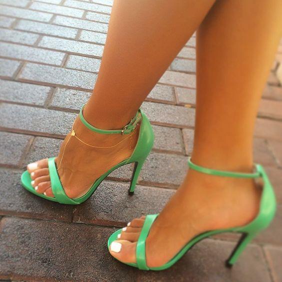 cliomakeup-caviglia-sottile-18-scarpe-vivaci