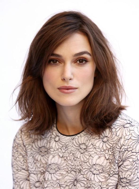 ClioMakeUp-riga-capelli-lato-mezzo-centrale-detra-sinistra-giusta-migliore-star-celebrity-2
