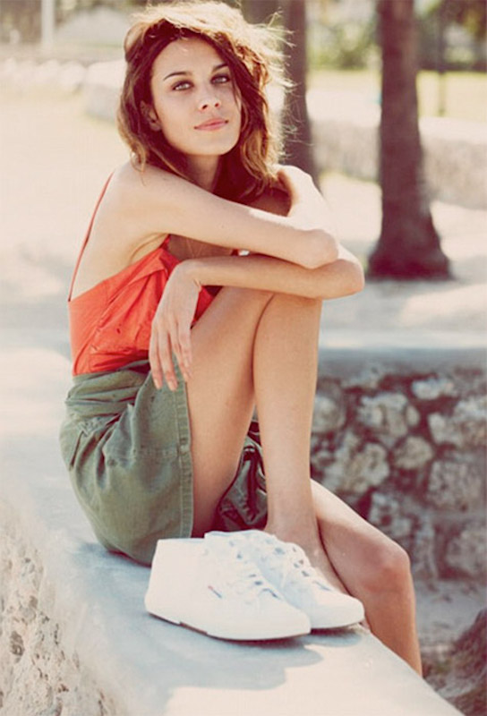 ClioMakeUp-superga-sneakers-outift-piu-belle-cool-celebrity-star-vip.007