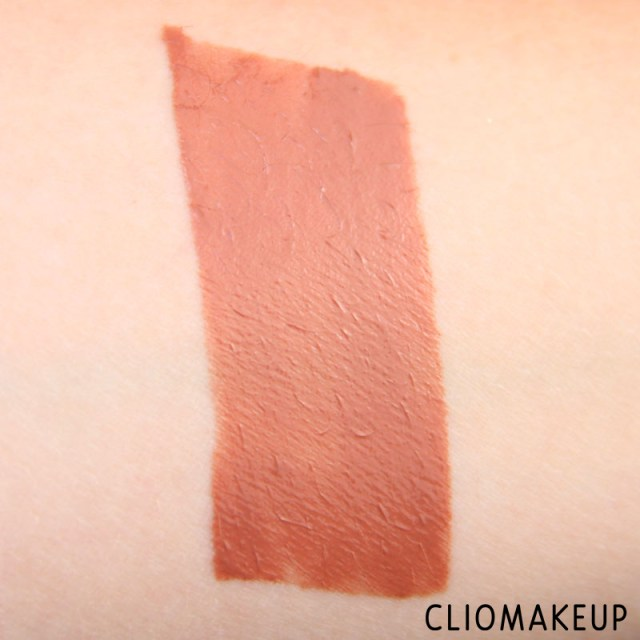 cliomakeup-recensione-gloss-vivid-hot-lacquer-maybelline-7
