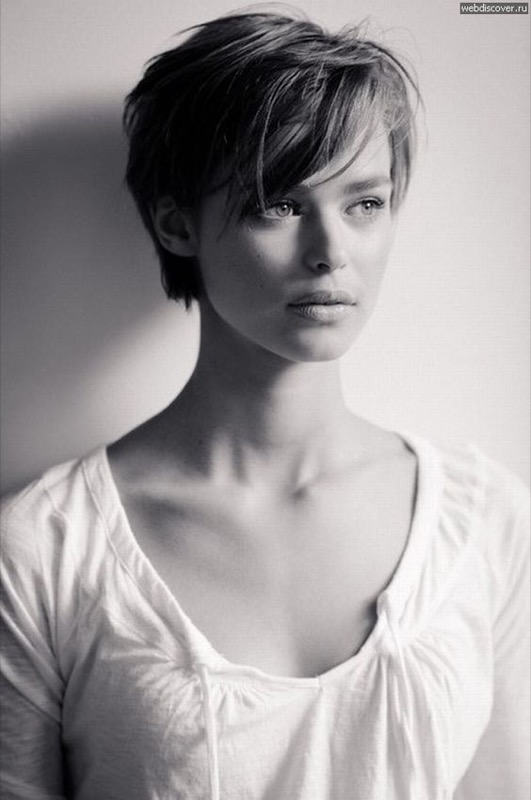 ClioMakeUp-ogni-quanto-vanno-tagliati-capelli-spuntare-parrucchiere-17