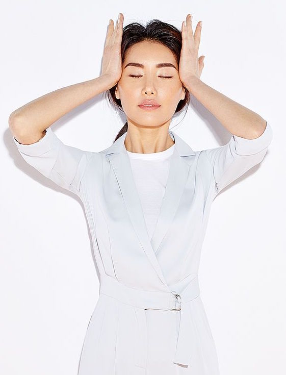 cliomakeup-ginnastica-facciale-11-yoga-viso