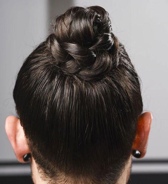 cliomakeup-errori-capelli-estate-4-chignon