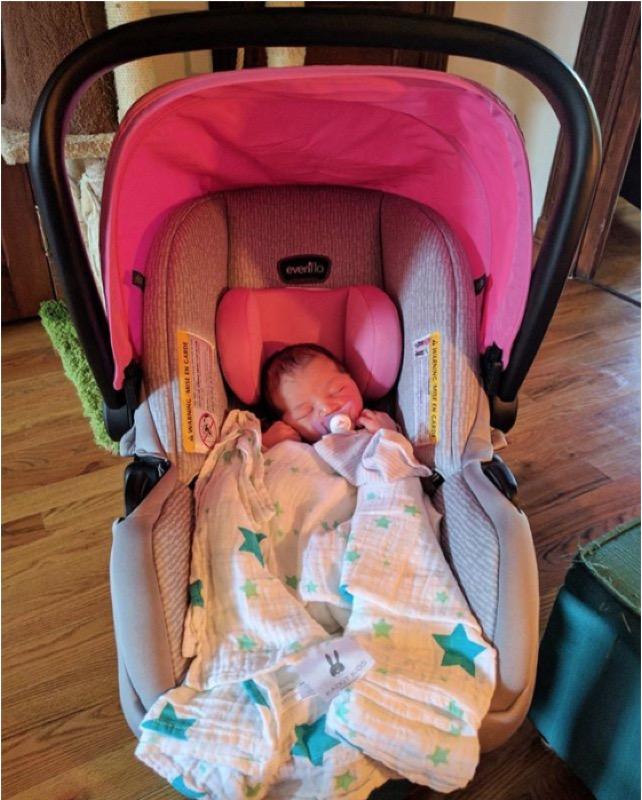 ClioMakeUp-clio-grace-figlia-bambina-mamma-baby-lenticchia-cameretta-oggetti-gadget-cosa-serve-in-casa-bimbo-22