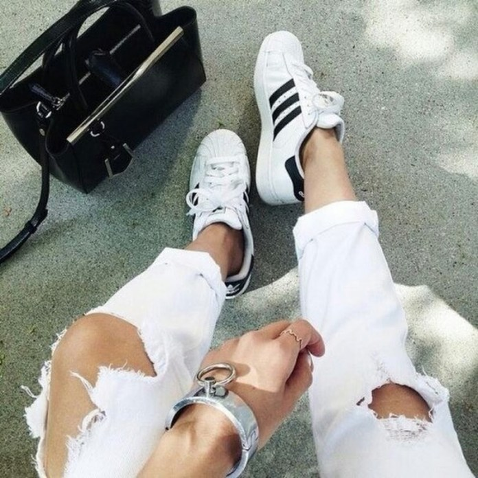 ClioMakeUp-adidas-superstar-come-indossarle-fashion-outfit-casual-chic-iconiche-sneaker-7