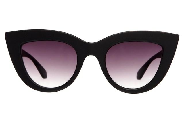 ClioMakeUp-occhiali-da-sole-star-celebrity-2017-estate-quay-black-kitti-cat-eye-sunglasses-product