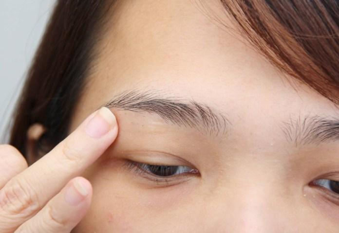 cliomakeup-errori-depilazione-sopracciglia-3-crema