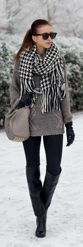 cliomakeup-outfit-leggings-neri-3-sciarpa