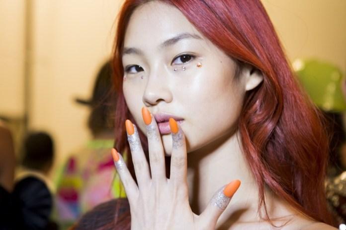 cliomakeup-tendenze-unghie-sfilate-16-arancio