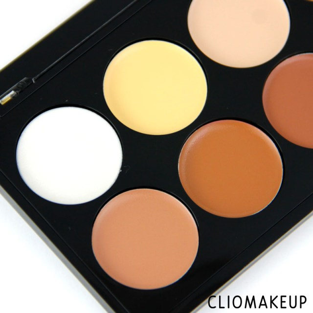 cliomakeup-recensione-palette-strobing-and-contouring-palette-essence-3