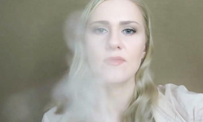 ClioMakeUp-video-asmr-fan-novita-relax-sonno-dormire-rilassarsi-12