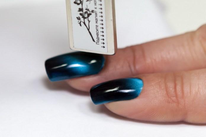 cliomakeup-unghie-cat-eye-manicure-smalto-magnetico-11