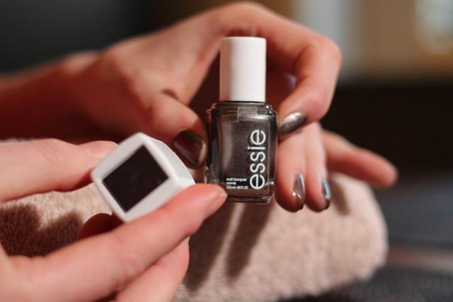 cliomakeup-unghie-cat-eye-manicure-smalto-magnetico-13