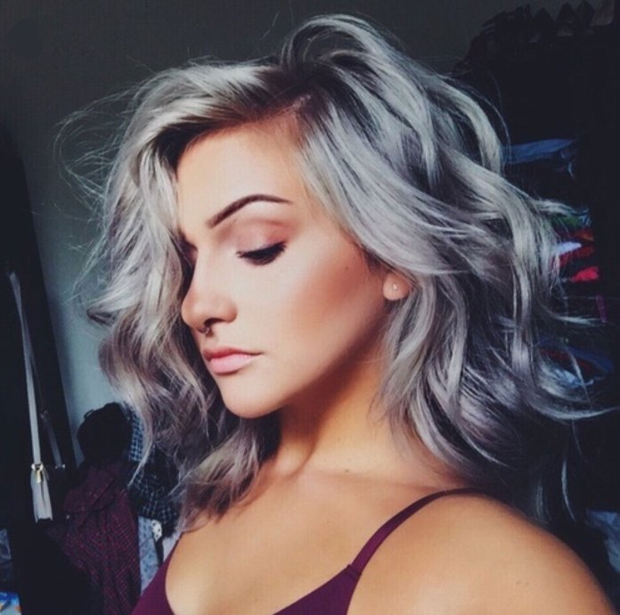 cliomakeup-silver-hair-capelli-trend-2017