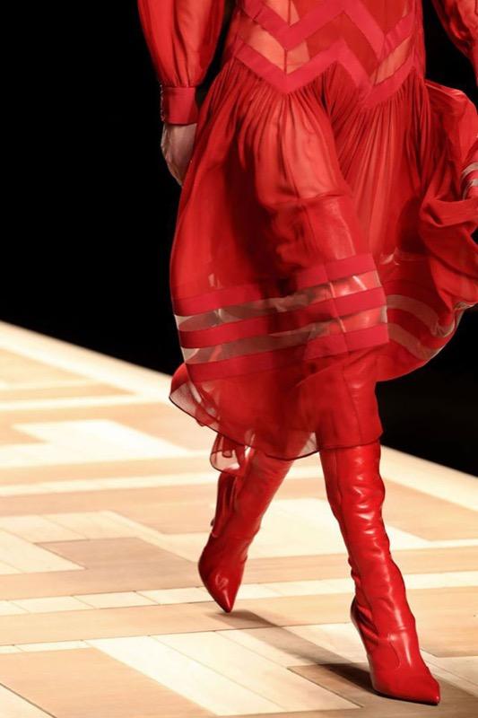 ClioMakeUp-stivali-autunno-2017-outfit-abbinamenti-glamour-come-indossarli-18