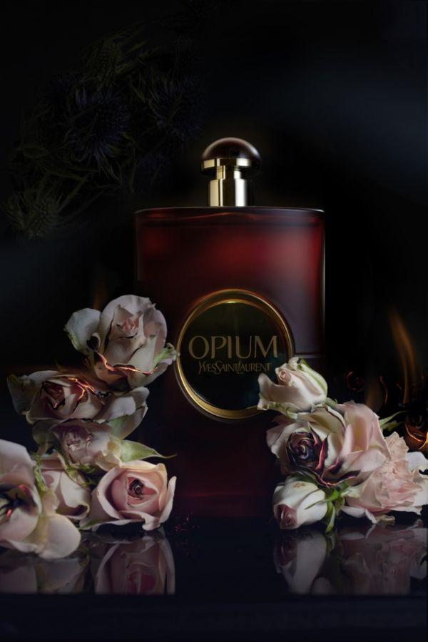 cliomakeup-profumi-da-regalare-opium-yves-saint-laurent-1