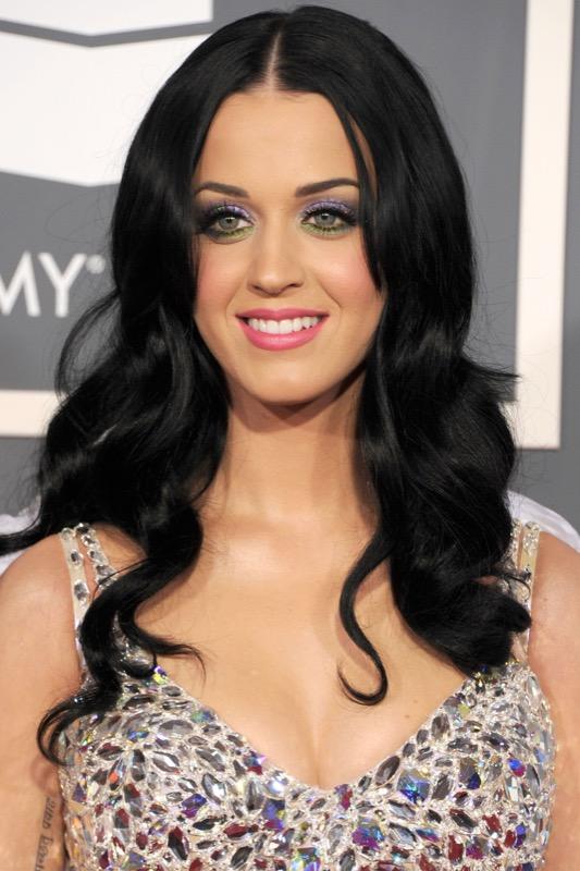 ClioMakeUp-makeup-more-colore-momento-ultra-violet-ispirazioni-occhi-labbra-beauty-8