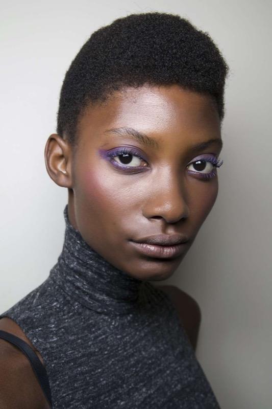 ClioMakeUp-makeup-more-colore-momento-ultra-violet-ispirazioni-occhi-labbra-beauty-11