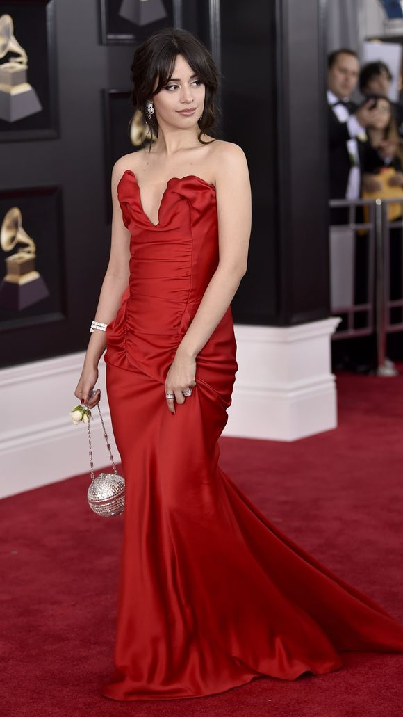 cliomakeup-look-grammy-2018-outfit (5) 9653eb0f4c4