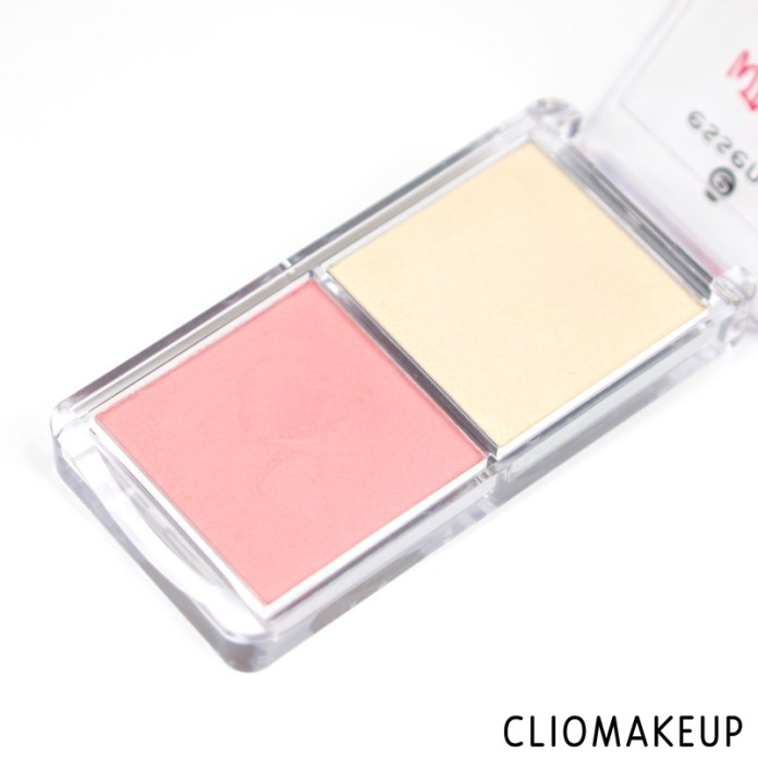 cliomakeup-recensione-highlighter-blush-palette-wood-you-love-me-essence-4