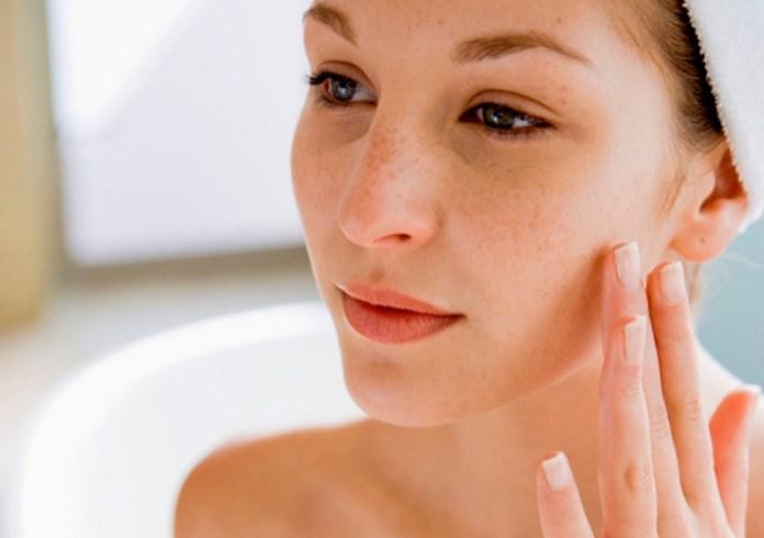 ClioMakeUp-pelli-sensibili-skin-care-routine-la-roche-posay-9