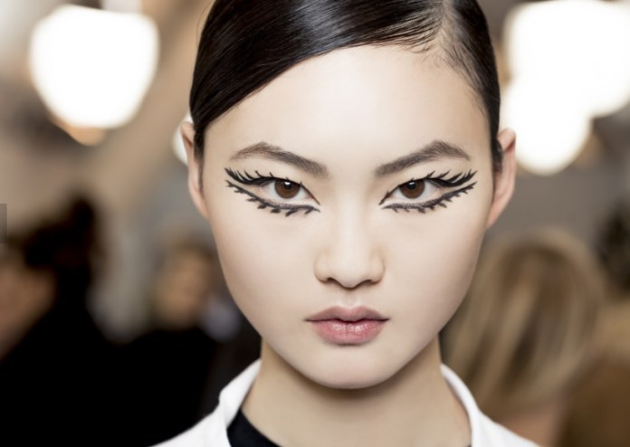 cliomakeup-bold-eyeliner-sarah-tanno-21