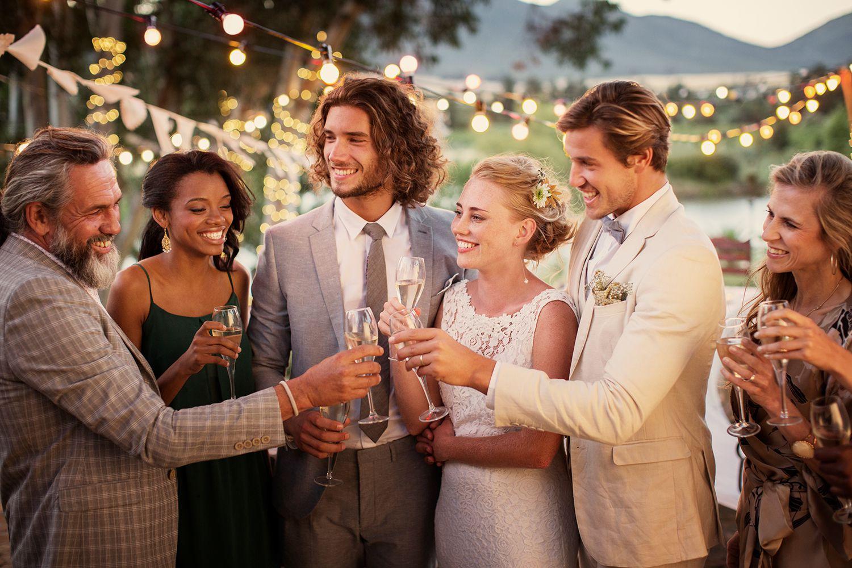 Auguri Matrimonio Ex Amica : Il galateo del matrimonio per gli invitati come evitare gaffe