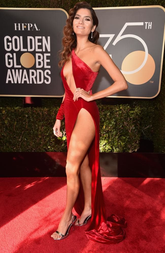 blanca-blanco-golden-globes