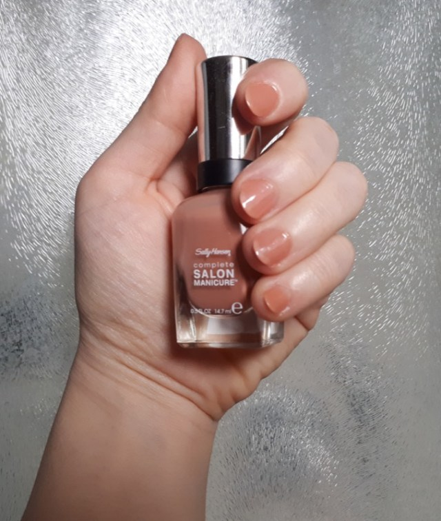 4Cliomakeup-smalti-nude-neutri-sally-hansen-ceddy-4