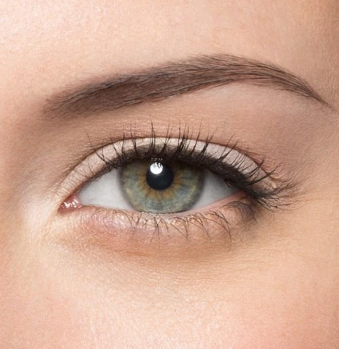 cliomakeup-makeup-furbo-pigre-8-eyeliner-senza-codina