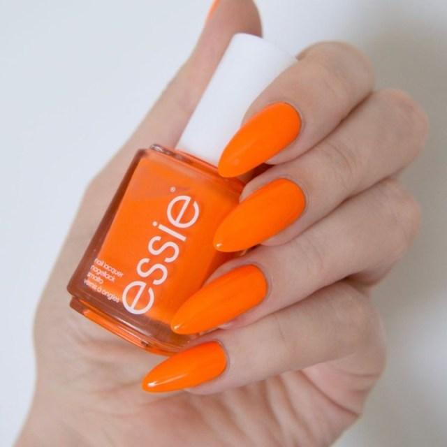cliomakeup-smalto-arancione-10-essie