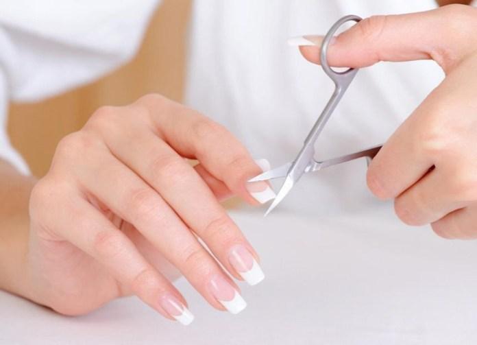 cliomakeup-come-tagliare-le-unghie-di-mani-e-piedi-15