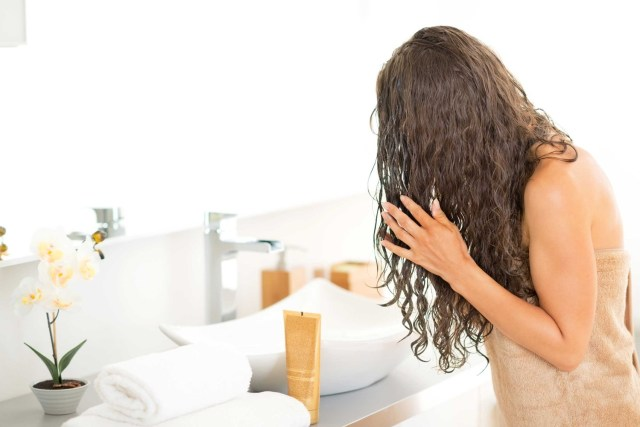 balsamo-leave-in-cos-e-capelli-ricci-lisci-usi (13)