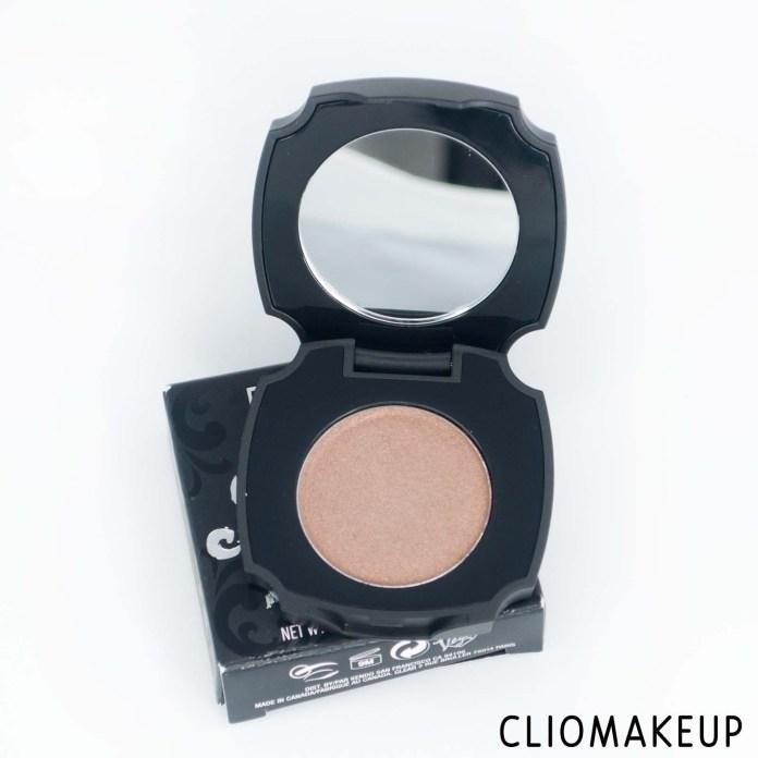 cliomakeup-recensione-polvere-sopracciglia-kat-von-d-brow-struck-dimension-powder-5