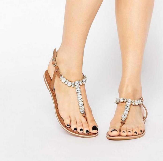 cliomakeup-sandali-modelli-bassi-tacco-20-gioiello
