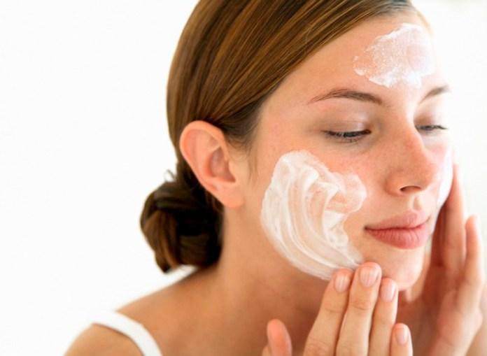 ClioMakeUp-pulizia-viso-pigre-3-detergente.jpg